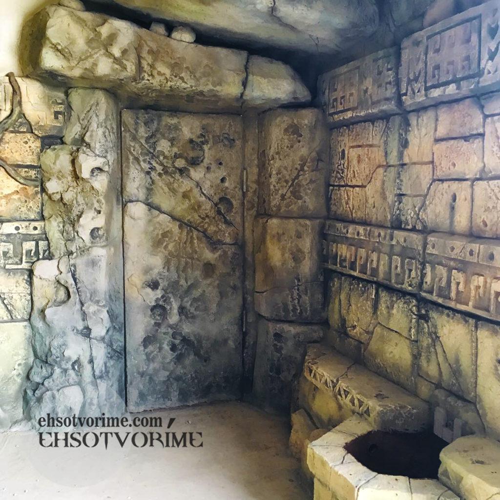 Искусственные скалы. Имитация каменной кладки. Декор вольера.